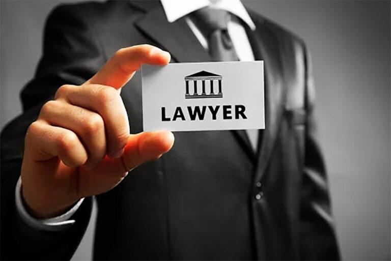 ¿Cuánto cobra un abogado de compensación laboral en Georgia?