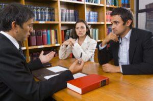 Razones para contratar a un abogado con experiencia en lesiones personales