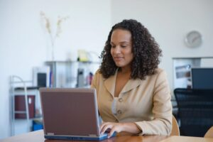 5 consejos para contratar a un buen redactor de CV profesional