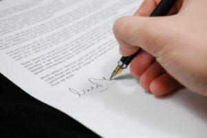 Carta de renuncia del auditor [muestras]